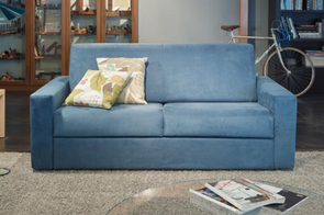 Trova un nuovo accogliente divano per il tuo salotto